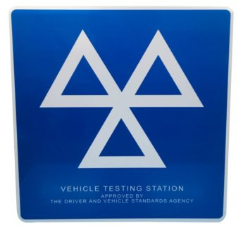 MOT Sign – 3 TRIANGLES (mandatory) – REFLECTIVE