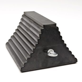 Wheel Chocks – PYRAMID